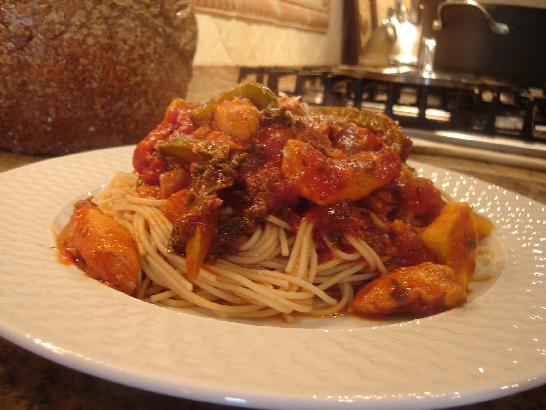 Pasta with Chicken and Vegetables Marinara Sauce