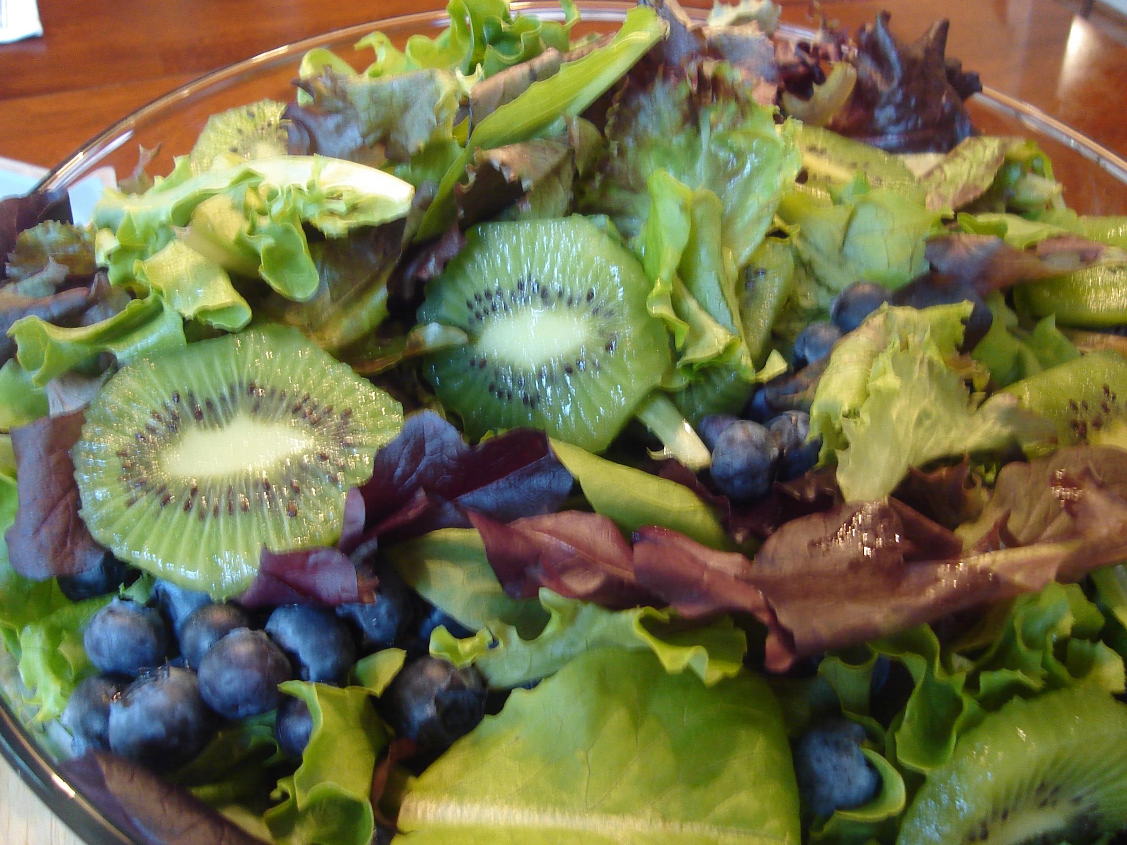 Blueberry and Kiwi Salad