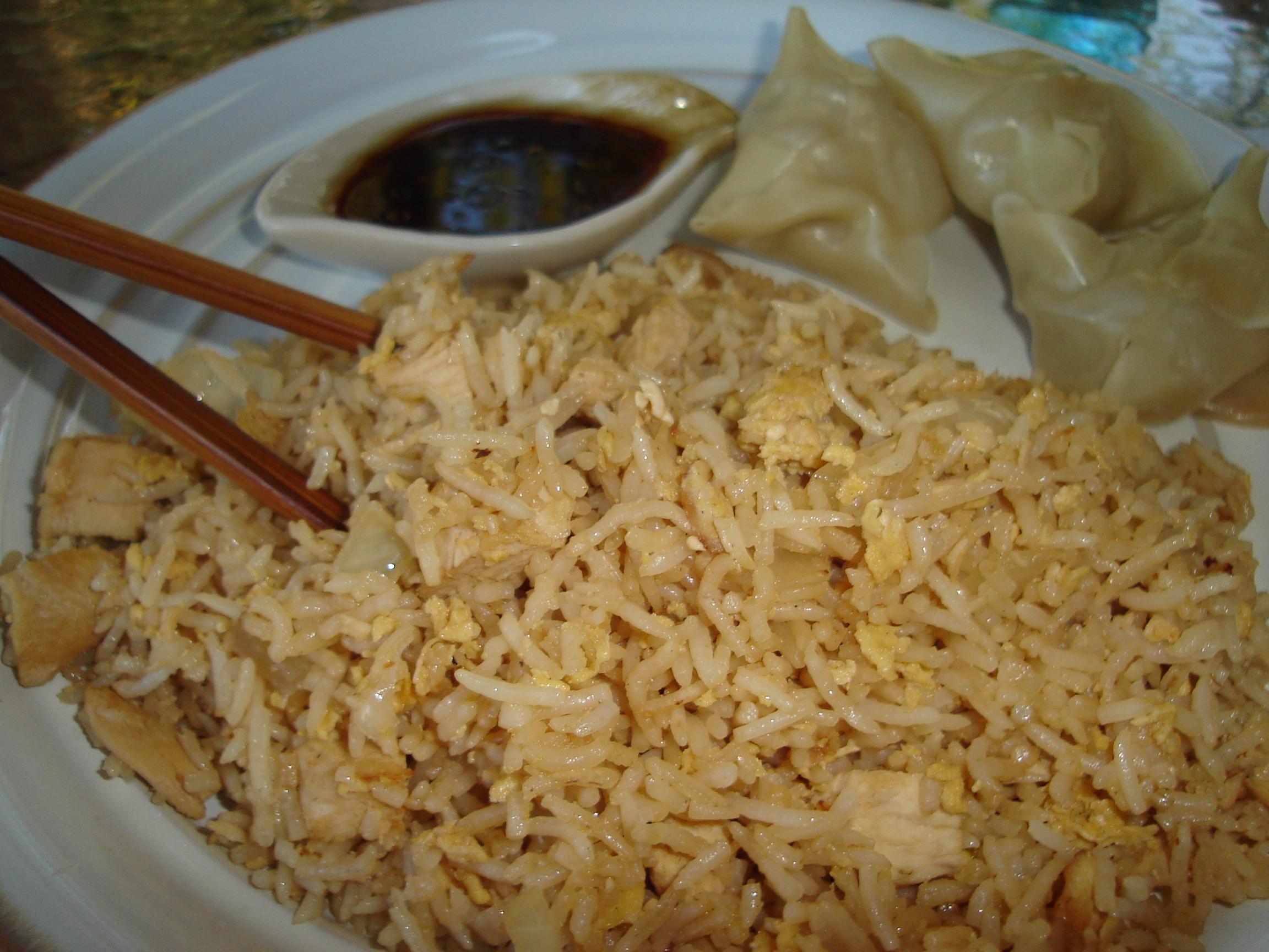 Cooking With Elise – Sinangag: Filipino Garlic Fried Rice